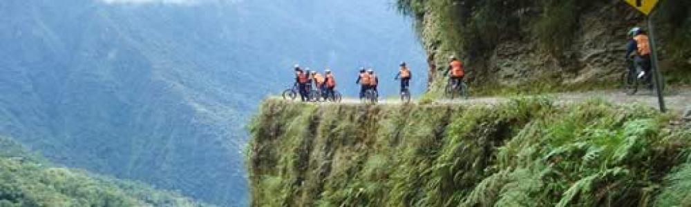 OB-LPB/16 Camino De La Muerte en Bicicleta Día Completo