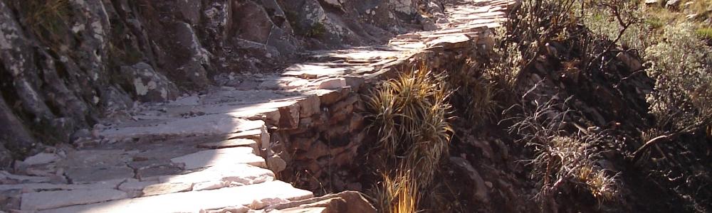 OB – SRE/12  Sucre – Chataquila – Camino Prehispánico Día Completo