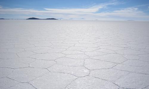 OB – UYU/11 Tour de 4 Días y 3 Noches Salar De Uyuni - Volcán Thunupa – Lagunas de Colores con Retorno a Uyuni *Transfer a San Pedro de Atacama (Opcional)